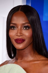 Naomi Campbell sparkly lips